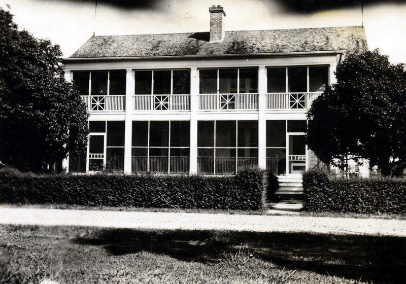 Staff duplex, National Leprosarium, Carville, Louisiana. Image Courtesy of the National Hansen's Disease Museum, Permanent Collection. Carville, LA.