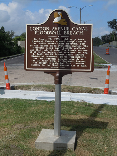 Louisiana State Plaque at the London Avenue Canal breach sites