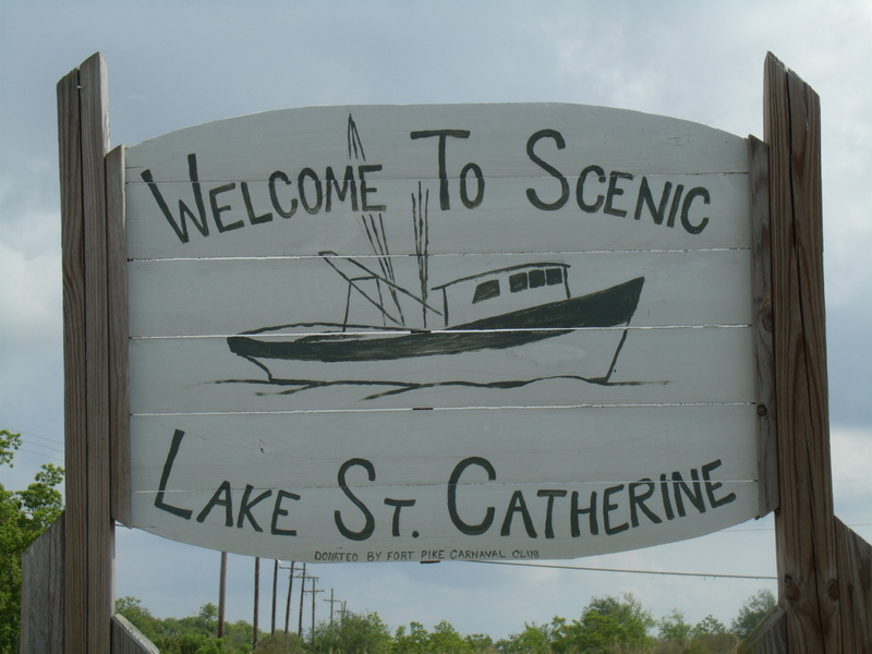 Lake Catherine Welcome Sign