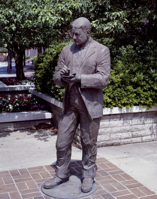 Statue of O. Henry