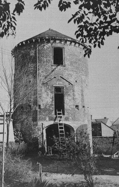 Tower before renovation, 1930s