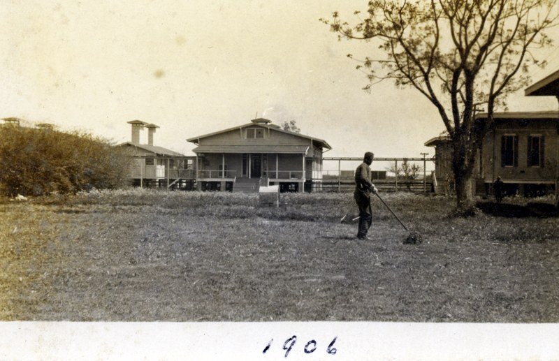 &quot;Hope House,&quot; patient dormitory at the Louisiana Leper Home, 1906.&lt;br /&gt;<br />