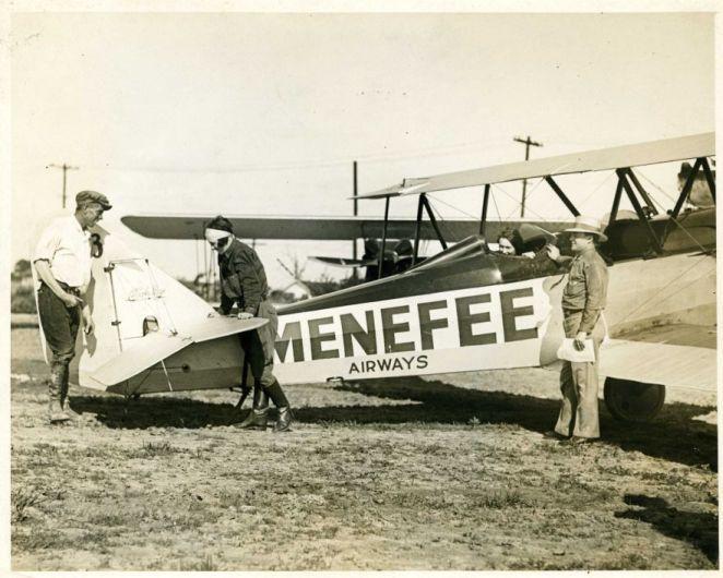 Jimmie Wedell at Menefee Airways